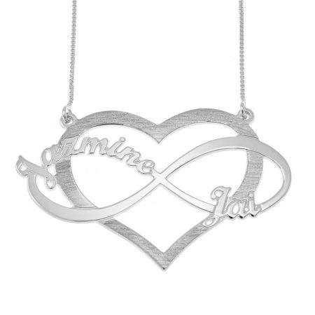 Infinitye Namen und Herz-Halskette ausschneiden