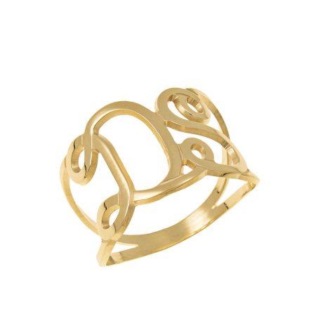 Ring mit ineinandergreifenden Initialen